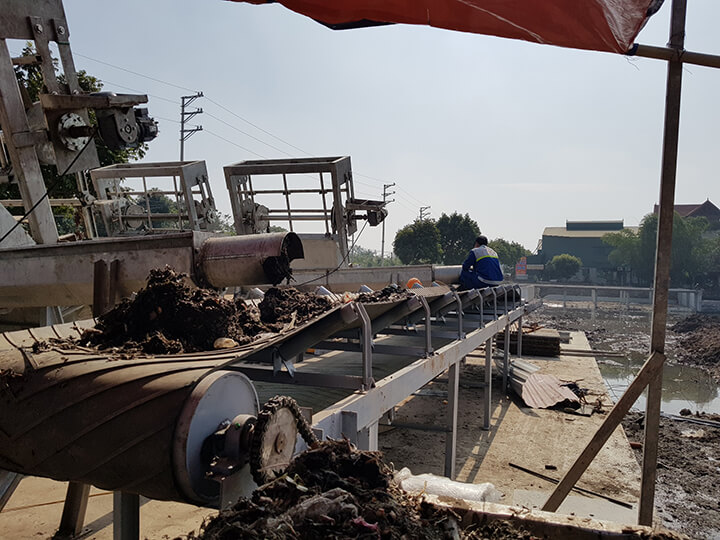 Băng tải Cao Su Chuyên Chở Rác Thải Công Nghiệp | MHA